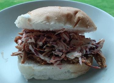 Broodje Pulled Pork met American Coleslaw